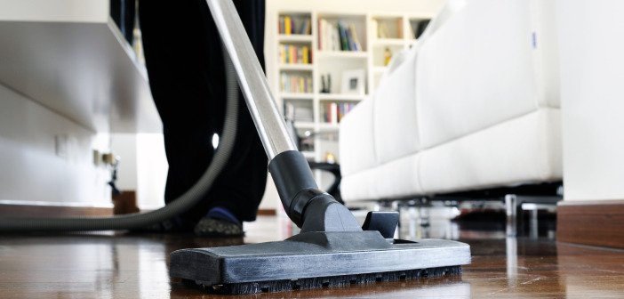 Vacuuming: Is There a Correct Method?