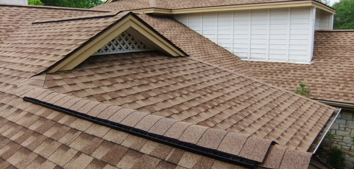 Cleaning your House Roof for Longer Life and Better Looks