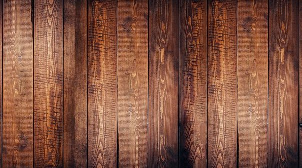 How to Tell Hardwood Floors From Laminate